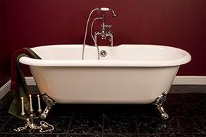 SOTC Cast Iron Claw Foot Tub